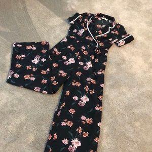 Black floral jumpsuit Size M
